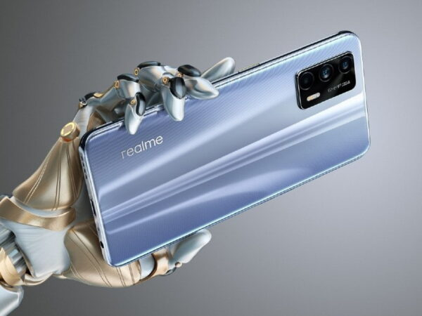 A High-Performance realme GT Phone Without the Price Tag
